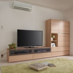 毎日の使いやすさを考えた収納システム テレビ台ロータイプ 幅120cm コーディネート例 ナチュラル(横木目調)