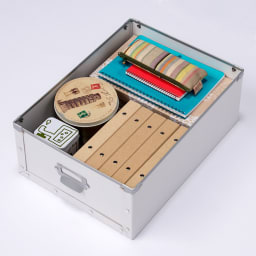 引き出し付き シンプルモダンハンガーラック 幅64cm 【引き出し収納例4】手帳やアルバムなどの文房具の収納として。