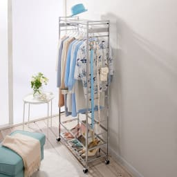 CINDERELLA(シンデレラ)ハンガーラック 棚2段・幅80cm 透明感&清潔感を大切にするクリアアクリル棚つき