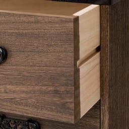 うづくり仕上げ本格ユニット総桐箪笥 浅引き出し4段・高さ32cm 引出の前板、側板すべて桐材を使用しております。