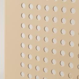 組み立て簡単 頑丈パンチングワゴン パンチングタイプ 幅43.5奥行75.5高さ64.5cm サイドは丸い穴でパンチング。通気性○