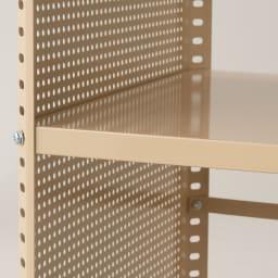 組み立て簡単 頑丈パンチングワゴン パンチングメッシュタイプ 幅43.5奥行75.5高さ64.5cm 棚板は2cm間隔で自由に設定可能!