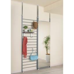 突っ張りブティックハンガー 幅65cm (ウ)棚板ダークブラウン ※写真はシリーズ商品のコーディネート例