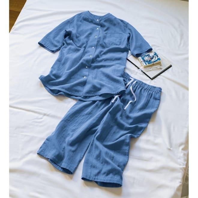 手放せないリラックス感 和ざらし二重ガーゼパジャマ(7分丈) (イ)ブルー まるでそよ風を纏っているみたい