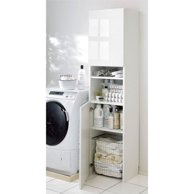 組立不要 自由に使える快適収納庫 幅45奥行35cm ランドリーの収納庫に。底板がないので洗濯かごも収納できます。(※洗濯かごは付属しておりません。)