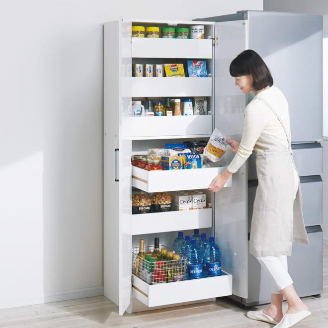スライドトレー式キッチンストッカー 幅60cm 使用イメージ