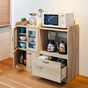 オーク木目調のミニキッチン収納・食器棚シリーズ レンジ台 小サイズ 高さ90.5cm 写真