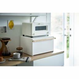tosca/トスカ トースター下ブレッドケース 幅43cm 奥行36.5cm 高さ24cm トースター下を有効活用。トースター周りがスッキリ片付きます。 ※商品はトースター下の収納庫です。