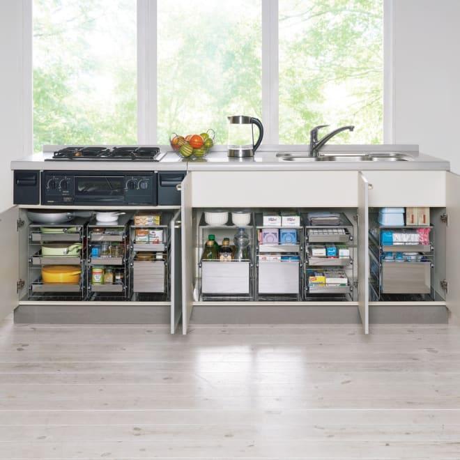 ステンレス製スムーズ引き出しラック 2段 幅25cm 深鍋・片手鍋、フライパン、調味料・スパイス、缶詰・ビン類、タッパー・ペットボトル、食品ストック、ラップや箱物、スポンジ・洗剤などが収納できます。