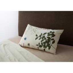 ダニの入れない素材で作った枕 (ア)花柄(裏面は無地)