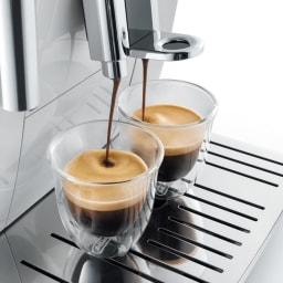 特典コーヒー豆付き DeLonghi/デロンギ ディナミカ コンパクト全自動コーヒーマシン (3)同時に2杯抽出もできます。