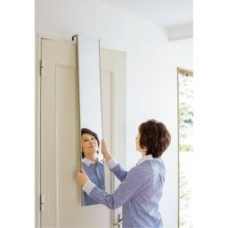割れない軽量フィルムミラー ドア掛けタイプ 20×120cm[細枠フレーム] ドアに引っかけるだけの簡単設置