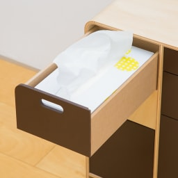 北欧風曲げ木リビングワゴン 多機能ミニワゴン ティッシュが箱ごとすっぽり収まります。