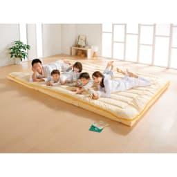 コンパクト&ワイドファミリー敷布団 ハッピー 防ダニ上層パッドのみ みんなで眠るお布団で、家族ニコニコ! (イ)イエロー