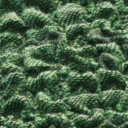 スペイン製カバー[クルール] チェア座面カバー(同色2枚組) 表面の凹凸と綿混素材がさらっとした肌触りを実現。肌に気持ちいいストレッチ素材です。