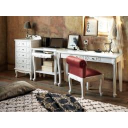 アンティーククラシックシリーズ アンティーク風コンソールテーブル(机) 寝室にデスクとならべて自分だけのインテリア空間に。 ※お届けはコンソールデスクです。