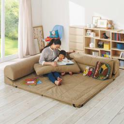 包まれるしあわせのクッション付きごろ寝ソファ 大(190×190cm) コーディネート例(ア)ナチュラル ※写真は小タイプです。