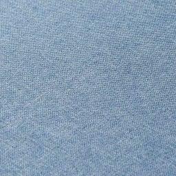 リクライニングソファ2人掛け 素材アップ(イ)ブルー 生地ははっ水加工なので、汚れてもサッとひとふきです。