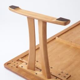 角が丸くて優しい天然木ダイニング テーブル 2本脚 幅125奥行75cm 脚部裏UP