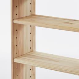 薄型奥行15cm 国産杉の天然木ラック 幅160高さ85cm 棚板は3cmピッチで移動できます。