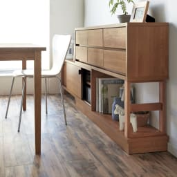 伸長式カウンター下収納庫 幅160~260cm・高さ72cm 下部は引き戸とオープン棚で、狭くても出し入れ簡単。 ※写真は高さ89cmタイプです。