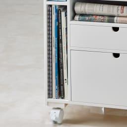 ダイニングまわり快適ワゴン 大タイプ 幅40cm 大判雑誌や新聞は立ててコンパクトに収納。