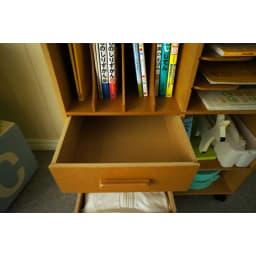 [国産] 塾や習い事の物までひとまとめワゴン(ランドセルラック) 引き出し内部の様子。 こまごました物を収納するのに便利です。