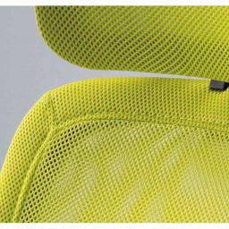 ハイバックメッシュオフィスチェア 長時間座っても蒸れを抑えるメッシュ仕様。