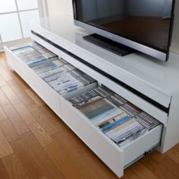 ラインスタイルシリーズ テレビ台 幅178cm DVD入ります 奥まで出せるストッパー付きのフルスライドレール。