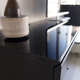 パモウナBW-120 輝く光沢のモダンリビングシリーズ テレビ台 幅120cm 光沢感が美しいダイヤモンドハイグロス仕上げの天板は強度も強く、キズや汚れに強い素材です。