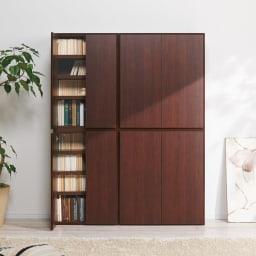 組立不要1cmピッチ頑丈棚板本棚 扉タイプ 上下ジョイントして使用すれば本棚として。 コーディネート例(ウ)ダークブラウン ※左から幅60cmタイプ、幅80cmタイプです。