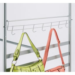 奥行79cm 上下カーテン付き突っ張り頑丈ハンガーラック ハイタイプ・【ワイド】幅260~340cm対応 バッグやベルトに便利なサイドフックを1つ付属。