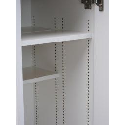 前面ミラー&板戸シューズボックス 段違いミドルタイプ・幅30.5 高さ93cm 棚板は1cm単位で高さ調節できるので、余分な隙間はつくりません! 棚が前後で分割できます。