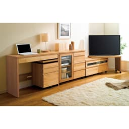 アルダー天然木ユニットボード キャスター付きテレビ台 幅106cm (ア)ライトブラウン 組み合わせ例:お届けはローボードのみです。ネストボード他は別売りになります。※テレビサイズは40インチのイメージです。