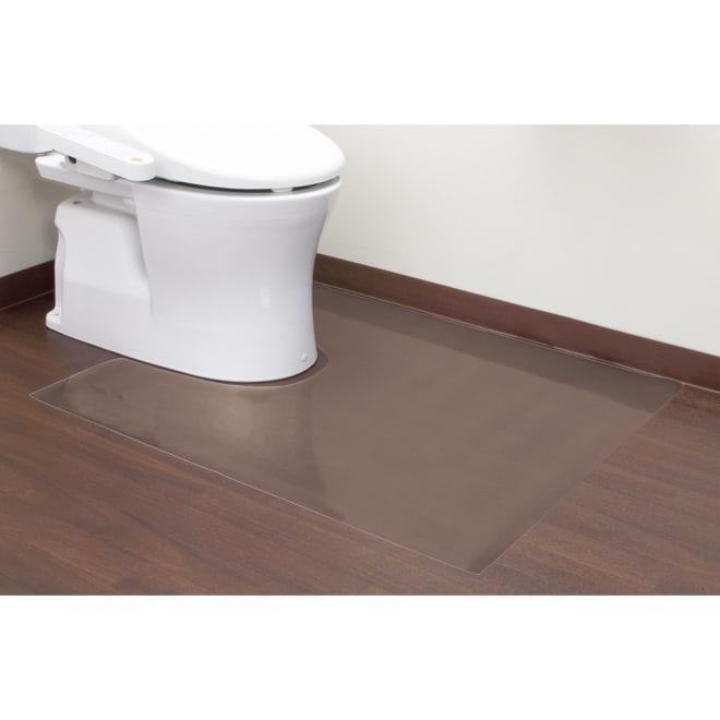 アキレス トイレ用 足元透明マット Neo (幅80cm) めくれにくい角丸仕上げ。