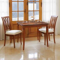 ベネチア調象がんシリーズ ダイニングテーブル・幅85cm コーディネート例 ※お届けはダイニングテーブル・幅85cmです。
