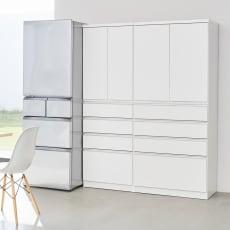 組立不要 取っ手まで白いキッチンパントリー 幅80cm