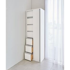 サニタリー片引き戸収納庫 幅60cm 写真