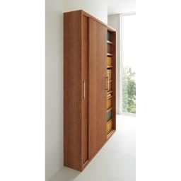 天然木調引き戸本棚 幅78cm奥行25cm (ア)ブラウン 廊下や玄関など狭小スペースでも活躍します。※写真は幅115奥行25cmタイプです。