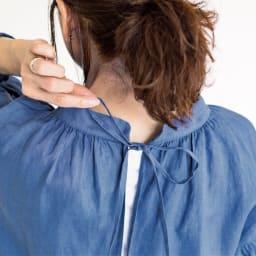 【TOUCH & FEEL (R) MATA 】 タッチ&フィール マータ リネン100% 3WAY割烹着リラックスローブ バックをリボンで結ぶ仕様なのでサイズ調節しやすく、後ろ姿もおしゃれ。