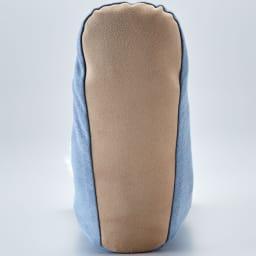 【メリノン】洗えるふくらはぎまで暖める やわらかロングブーツ 底面は布張りで足音が静かな上、動きやすさも◎。底は柔らかな素材で、厚手の靴下のような履き心地です