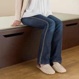 絨毯のような長いモノも収納できる!跳ね上げ式収納畳ベッド ヘッドレスタイプ(高さ41cm) 床面高さ41cmの立ち座りしやすい高さです。