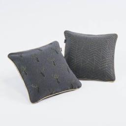 スペイン製ジャカード織りトナカイ柄シートクッションシリーズ クッションカバー 左から(イ)グレー 表 (イ)グレー 裏
