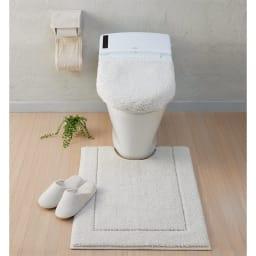 ウチノもこふわトイレタリー トイレマット単品 コーディネート例(カ)ホワイト