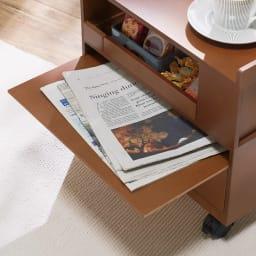 こたつ暮らし充実ワゴン 高さ41cm(幅40cm奥行30cm) スライドトレーは新聞や雑誌の置き場所に便利。