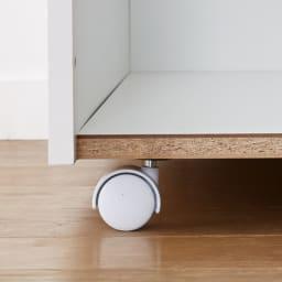 引き出して使える頑丈ワゴン付き キッチンストッカー 幅30cm 通常は使用しない合板を使った頑丈底板。