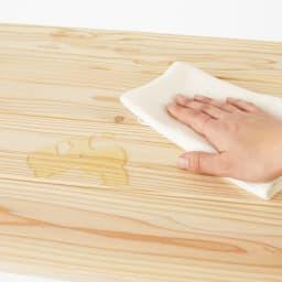 国産杉のキッチン収納シリーズ 分別ダストボックス 3分別タイプ 幅72cm 水や汚れの浸透を軽減するクリアなウレタン塗装を施してあります。