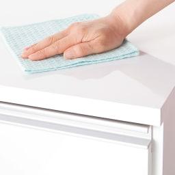 間仕切りキッチンカウンター カウンターデスク 幅90cm 天板・前面は傷や汚れに強く、美しい光沢仕上げ。