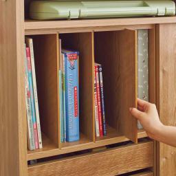 隠せる片引き戸ランドセルラック 幅90cm 【分類収納】絵本や教科書は仕切り板で分けて収納できます。】