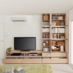 毎日の使いやすさを考えた収納システム テレビ台ロータイプ 幅140cm コーディネート例 ナチュラル(横木目調)